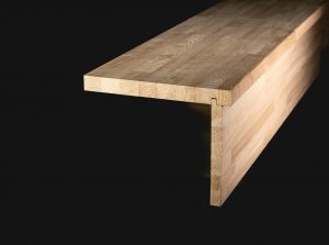 Scări din lemn